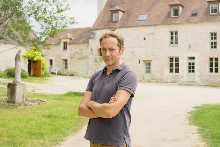 Etienne-Villemain-devant-derniere-colocations-Lazare-Vaumoise-Oise_0_729_487