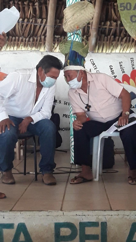 Tuxaua Jacir e Coordenador Gregorio