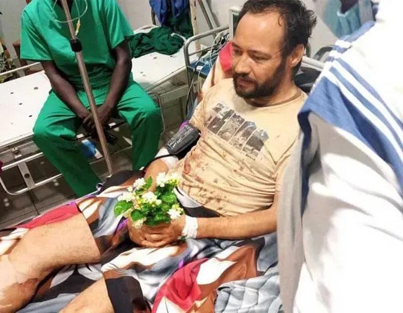 Padre Christian Carlassare no hospital / ACI Africa