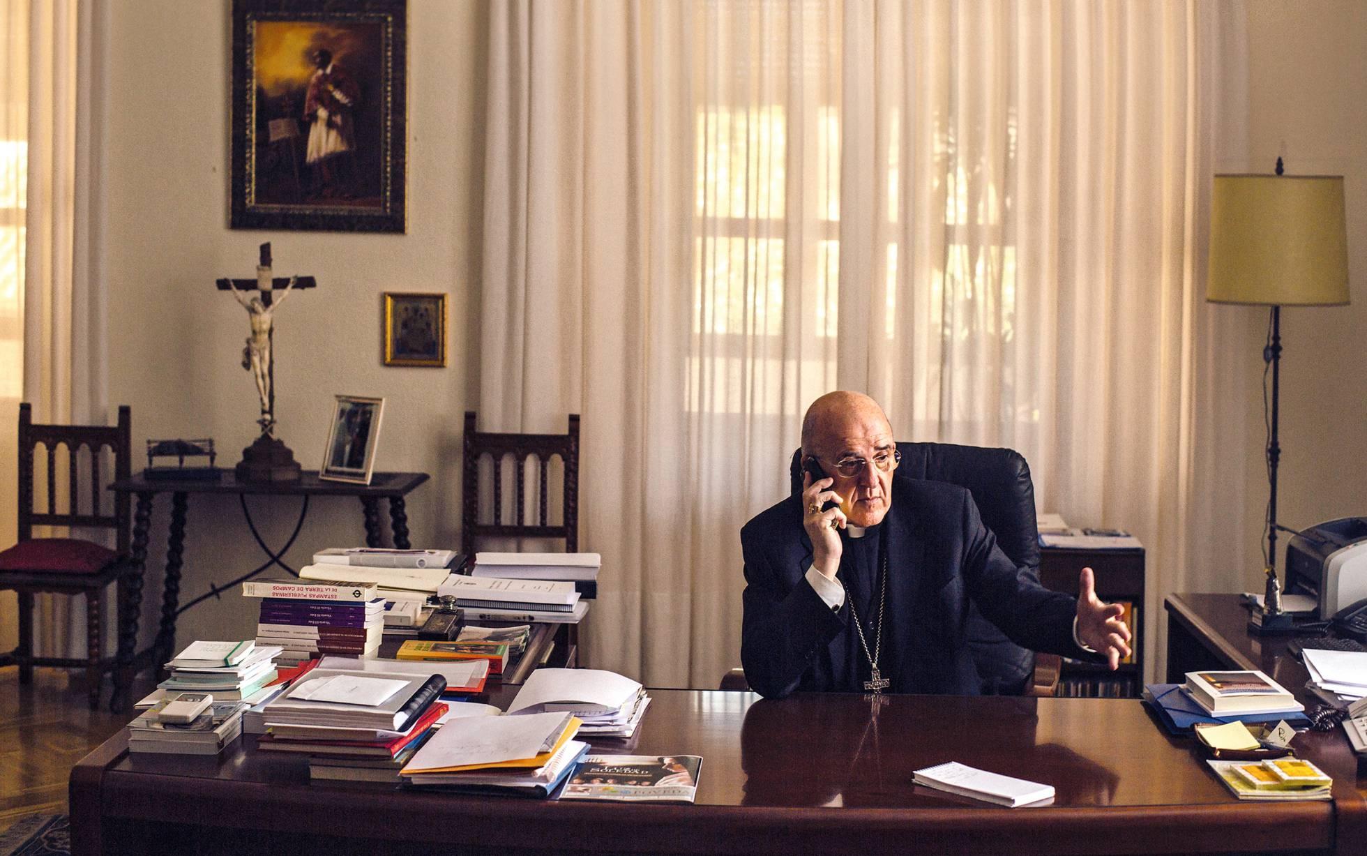 Carlos Osoro em seu escritório.