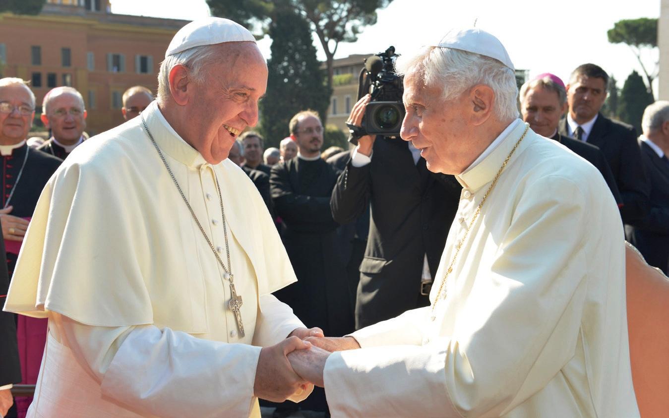 francisco_bentoxvi_vaticano
