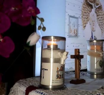 Missa transmitida Ao Vivo na capela da Paróquia São Marcos Evangelista, Pedra Branca, São Paulo, SP. (Foto: Cleber Pires)