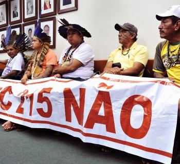 GK_Reuniao-com-indigenas-PEC-215-00_05192015001