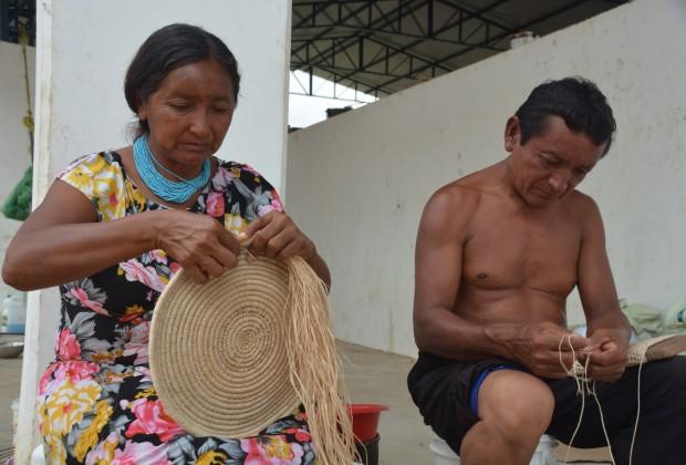 Lina Moraleda e Patricio Pérez indígenas Warao