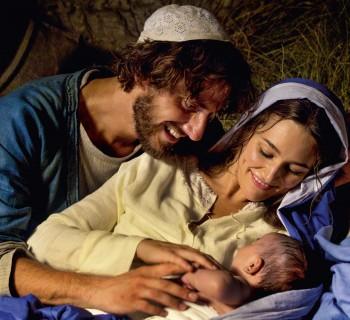 Mary-Film-The-Holy-Family